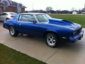 SHOW CAR, 1980 Olds Cutlass
