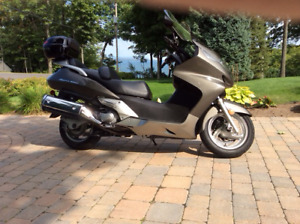 Scooter Honda Silver wing 600cc