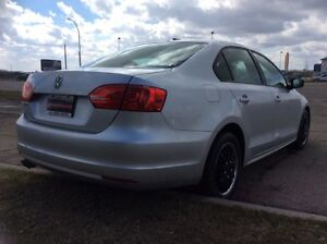 2011 Volkswagen Jetta, AUTO, FULLY LOADED, CLEAN, $6,000 Edmonton Edmonton Area image 4