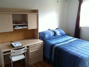 Furnished large bedroom St-Laurent $500 June 1st
