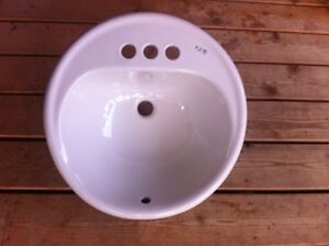 Bathroom sink for sale - never used!