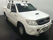 2009 Toyota Hilux KUN26R 08 Upgrade SR (4x4) White 4 Speed Automatic Dual Cab Pick-up Cardiff Lake Macquarie Area Preview
