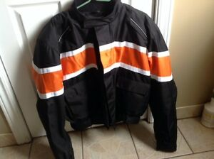 Men's Motorcycle Jacket Gortex full armour new condition
