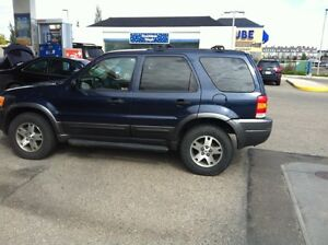 2004 Ford Escape SUV, XLT Needs Nothing!!