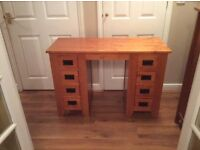 Solid wood dressing table/desk