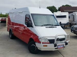 2000 Mercedes-Benz Sprinter Red 5 Speed Manual Cannington Canning Area Preview