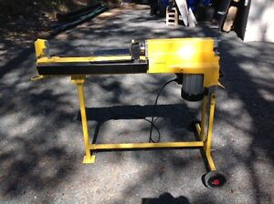 5 Ton Wood (log) Splitter with Stand Peterborough Peterborough Area image 2