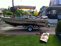 18 Foot Fisher center consol boat