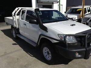 2008 Toyota Hilux KUN26R MY08 SR Xtra Cab White 5 Speed Manual Cab Chassis Bungalow Cairns City Preview
