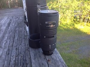 NIKON 80-200mm f2.8 D ED lens in excellent condition