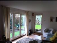 Spacious 1 Bedroom Flat to Let - Mature female preferred