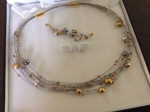 Silver and Gold Necklace and Pierced Earrings Oakville / Halton Region Toronto (GTA) image 1