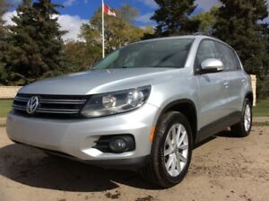 2012 Volkswagen Tiguan, SE-PKG, AUTO, AWD, FINANCING AVAILABLE