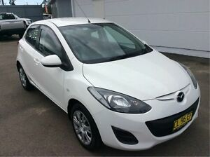 2013 Mazda 2 DE10Y2 MY13 Neo White 4 Speed Automatic Hatchback Cardiff Lake Macquarie Area Preview