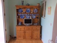 Solid Wood Quality Pine Dresser,Can Deliver