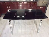 BLACK GLASS EXTENDABLE DINNING TABLE