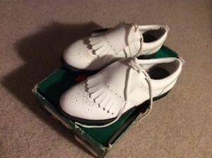 """Campbell, Size 7 White """" Never Used"""" Golf Shoes"""