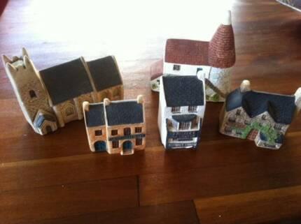 PHILIP LAURESTON ceramic miniature cottages handmade UK VGC