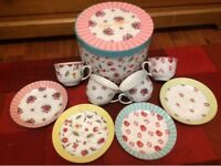 Vintage Mix & Match Tea-Set