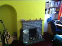 Room in shared house Tile Hill area of Coventry broadband included