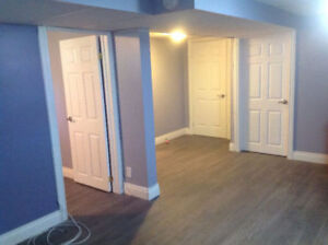 AAA+ RENOVATED 1 BEDRM APT incl.Utilities/EnsuiteLaundry&Parking