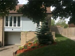 Well Maintained Updated 3BR Semi-Detached Home In Mississauga