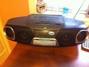 Portable JVC Stereo CD and Cassette