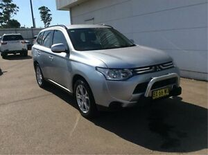 2013 Mitsubishi Outlander ZJ MY13 ES 4WD Silver 6 Speed Constant Variable Wagon Cardiff Lake Macquarie Area Preview