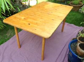 Habitat Pine Table 85cm x 141cm x 75cm height