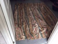 a pair of fully lined bespoke curtains good condition