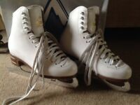 Jackson Mystique Ice Figure Skates, White boot, Jackson size 4 (UK 1.5-2), used but good condition