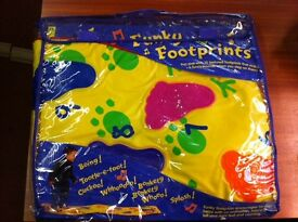 EARLY LEARNING CENTRE (ELC) FUNKY FOOTPRINTS MUSICAL PLAY MAT FROM 12 MONTHS +