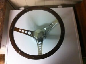 "SUPERIOR 'the 500""  Real Walnut Steering Wheel  13.5"""