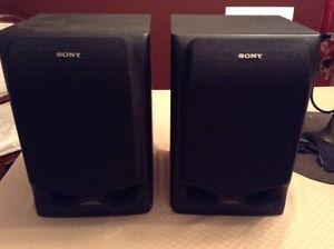 2 Speakers Sony (Haut parleurs) 3 Ways, modèle SS H605