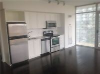 2 BED 2 BATH + PARKING WITH AMAZING VIEWS OF HIGH PARK & LAKE