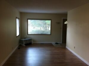 Character Home a Rainbow away in Hay Lakes, AB Avail OCT 1