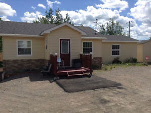 House For Sale in Kings Point, NL .. Scenic Green Bay