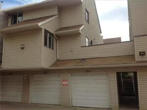 HUGE PRICE REDUCTION ON THIS UPDATED 2 BDRM TOWNHOUSE!!