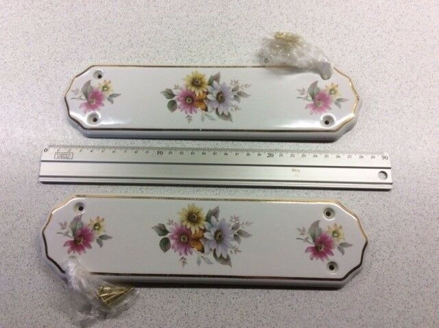 2 Ceramic Door Finger Plates