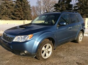 2010 Subaru Forester, LIMITED, AUTO, AWD, LEATHER, ROOF, $13,500