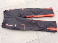 Lady's and boy's ski trousers
