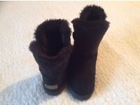 Two pairs of boots good condition