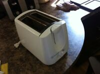Westinghouse Toaster - Works Like New