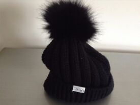 BRAND NEW 2 x LADIES Wooly Hats
