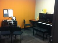 Long & McQuade Guelph - Piano Lessons