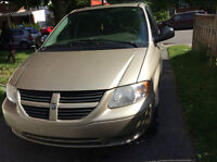 2007 Dodge Grand Caravan for 2000$ nego! call 514-627-5100