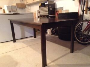 Very attractive modern dining table