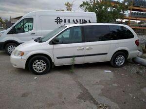 2005 Dodge Caravan in good condition