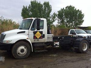 Garbage Bins Junk Rubbish Removal Calgary Alberta image 2