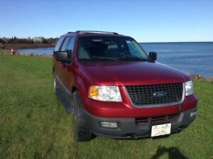 2004 FORD EXPEDITION with only 115,000kms LOADED